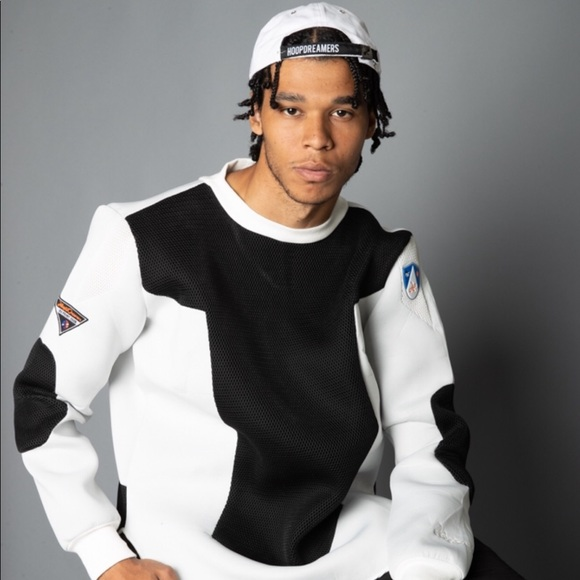 Hoopdreamers Sweaters - Champion composite sweater